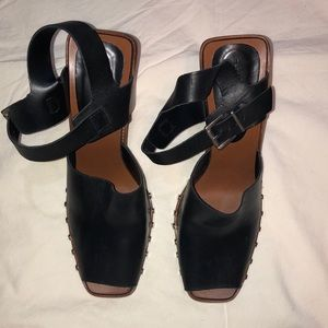 Zara black Leather Sandals with block heel